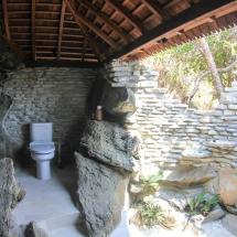 MER.Waya.Biru.JM.bathroom