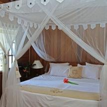 Murex-Bangka-Traditional-Cottage-inside