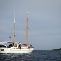 Raden-Mas-sailing-to-Isle-Des-Indes